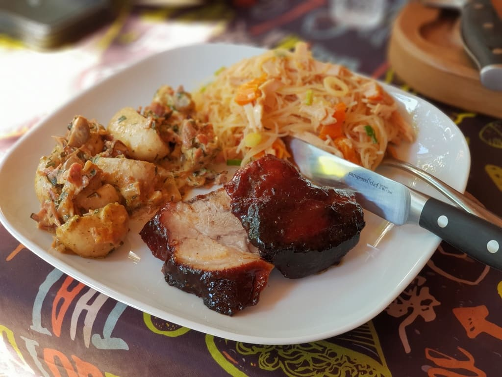 Pork Shoulder vom Grill - BBQ Asia Style auf dem Großen Rockcrok