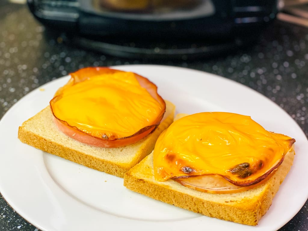 Toast Hawaii - Rezept für den Air Fryer -